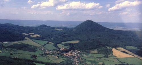 Vulkanická krajina Českého středohoří