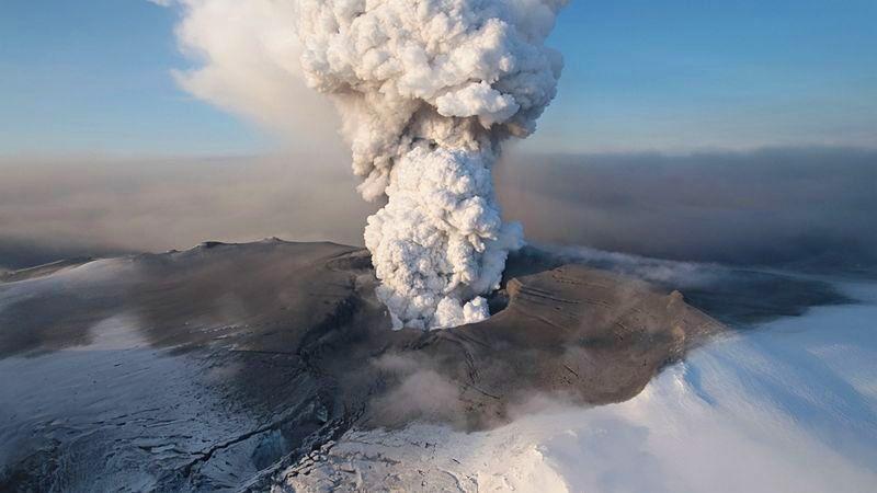 Islandská sopka Eyjafjallajökull.